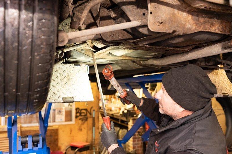 Mobile Motors Garage York - Servicing